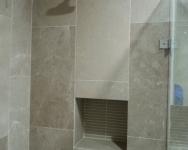 Shower-Head-with-recess-area-below